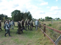 Ekipa otwiera przejście na pole i ruszamy