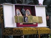 Na tej tablicy wyryte są dane kolejnych zwycięzców, od początku Memoriału. Naprawdę piękna tradycja.
