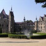 Tak wygląda zamek od głównego wejścia - bajka nieprawda?