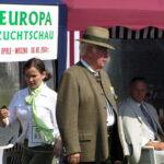 Legenda Niemieckiego Klubu Wyżła Krótkowłosego Claus Kiefer - sędzia główny zawodów