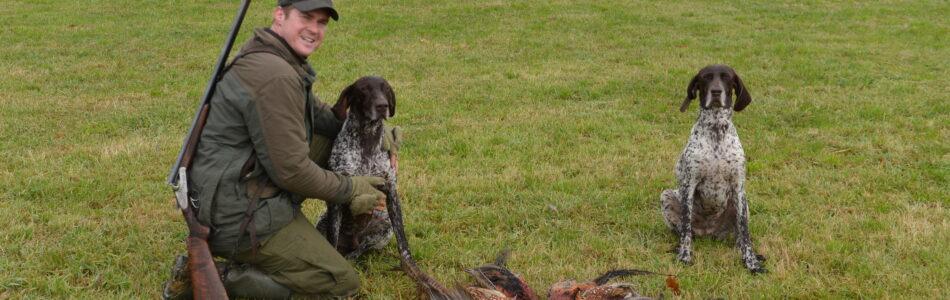 Dokarmianie, dokarmianiem ale sezon w pełni i po pierwszym udanym polowaniu ruszyliśmy z Maćkiem oraz Goranem i Florą ponownie w teren. Było jeszcze lepiej, w sumie padło 12 kogutów, w […]